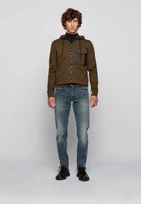 BOSS - Zip-up sweatshirt - open green - 1