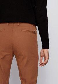 BOSS - Chino - dark brown - 3