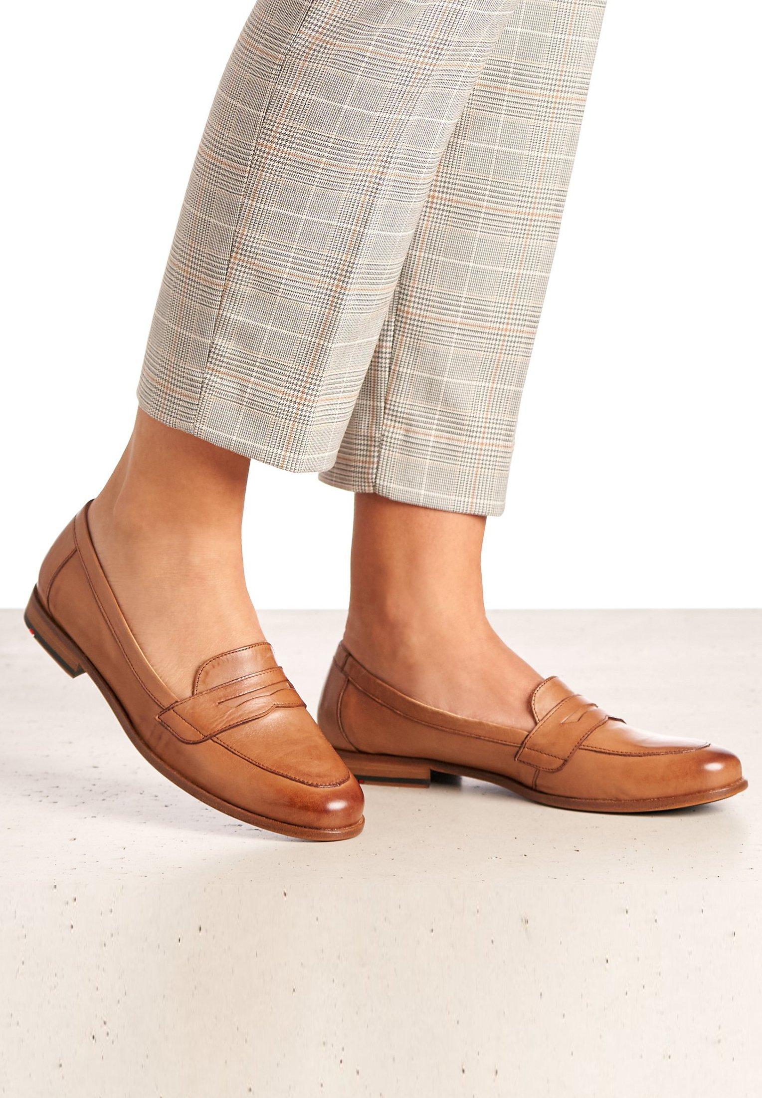 Braune Halbschuhe für Damen sind die neue Schuhklasse für