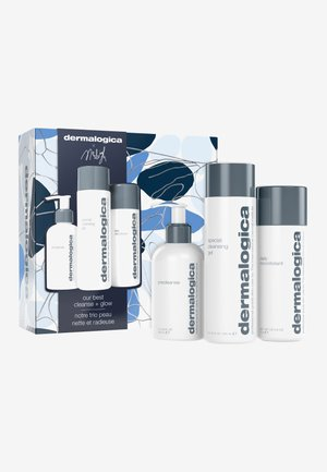 OUR BEST CLEANSE AND GLOW - Skincare set - -