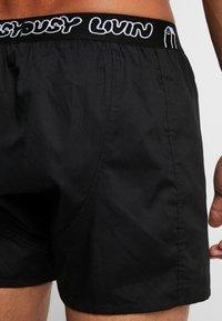 Lousy Livin Underwear - BRIEFS 2 PACK - Trenýrky - black/white - 2