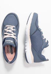 Skechers Sport - FLEX APPEAL 3.0 - Sneakers laag - slate/light pink - 3