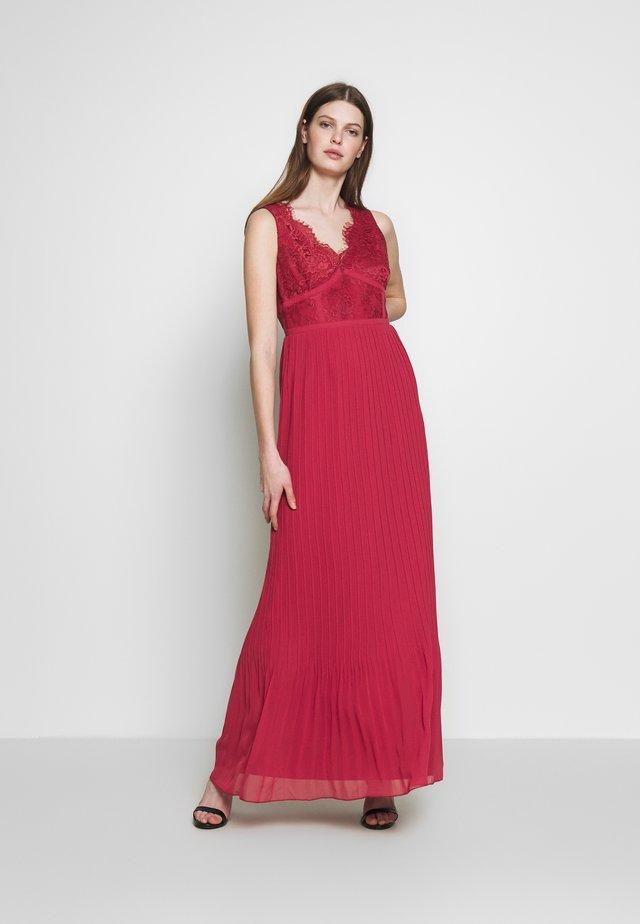 PLEATED HEM - Společenské šaty - marsala