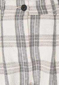 b.young - BYDOTHA CHECKED PANTS - Trousers - birch mix - 2