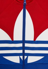 adidas Originals - BIG TREFOIL SET - Chaqueta de entrenamiento - scarlet/royal blue/white