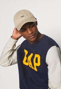 GAP - FAMILY MOMENT CREW - Sweatshirt - navy uniform - 3