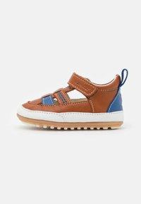 Robeez - MINIZ - First shoes - beige/fonce bleu - 1