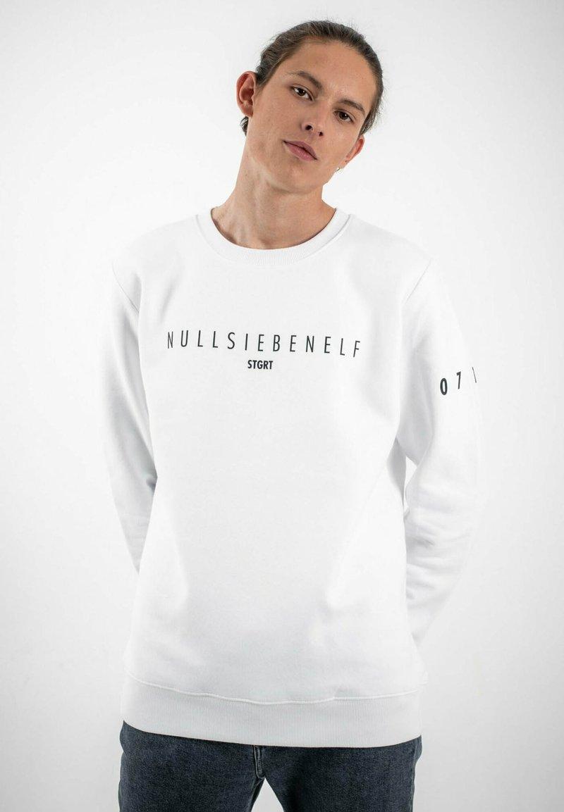 PLUSVIERNEUN - STUTTGART - Sweatshirt - white