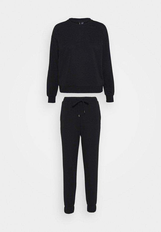 VMNATALIA SET - Sweater - black