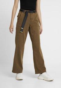 Ivy Copenhagen - AUGUSTA PANT - Trousers - army - 0