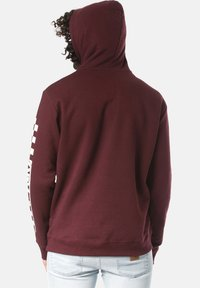 Young and Reckless - Hoodie - red - 1
