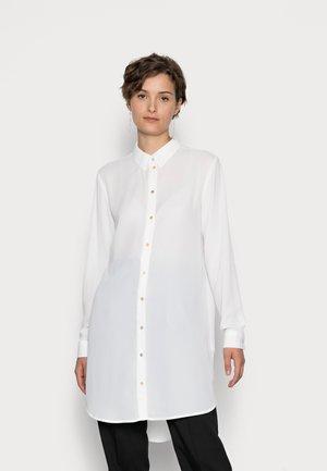 VMMAPLE LONG SHIRT - Button-down blouse - snow white