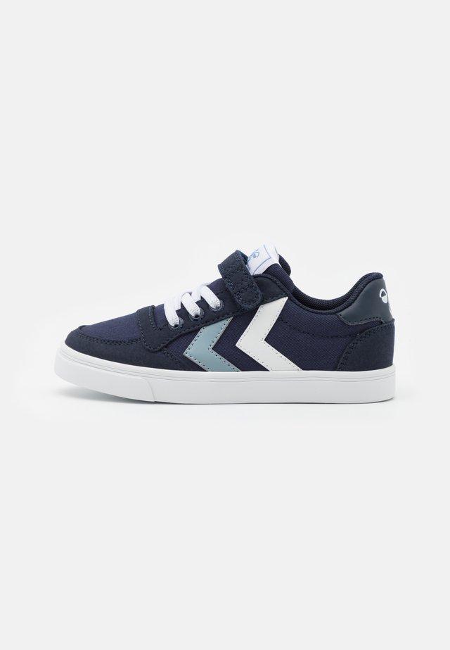 SLIMMER STADIL JR UNISEX - Sneakers - black iris