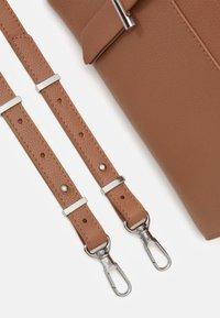 Zign - LEATHER - Handbag - tan - 3