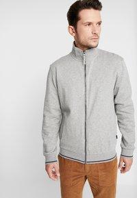 Esprit - Bluza rozpinana - medium grey - 2