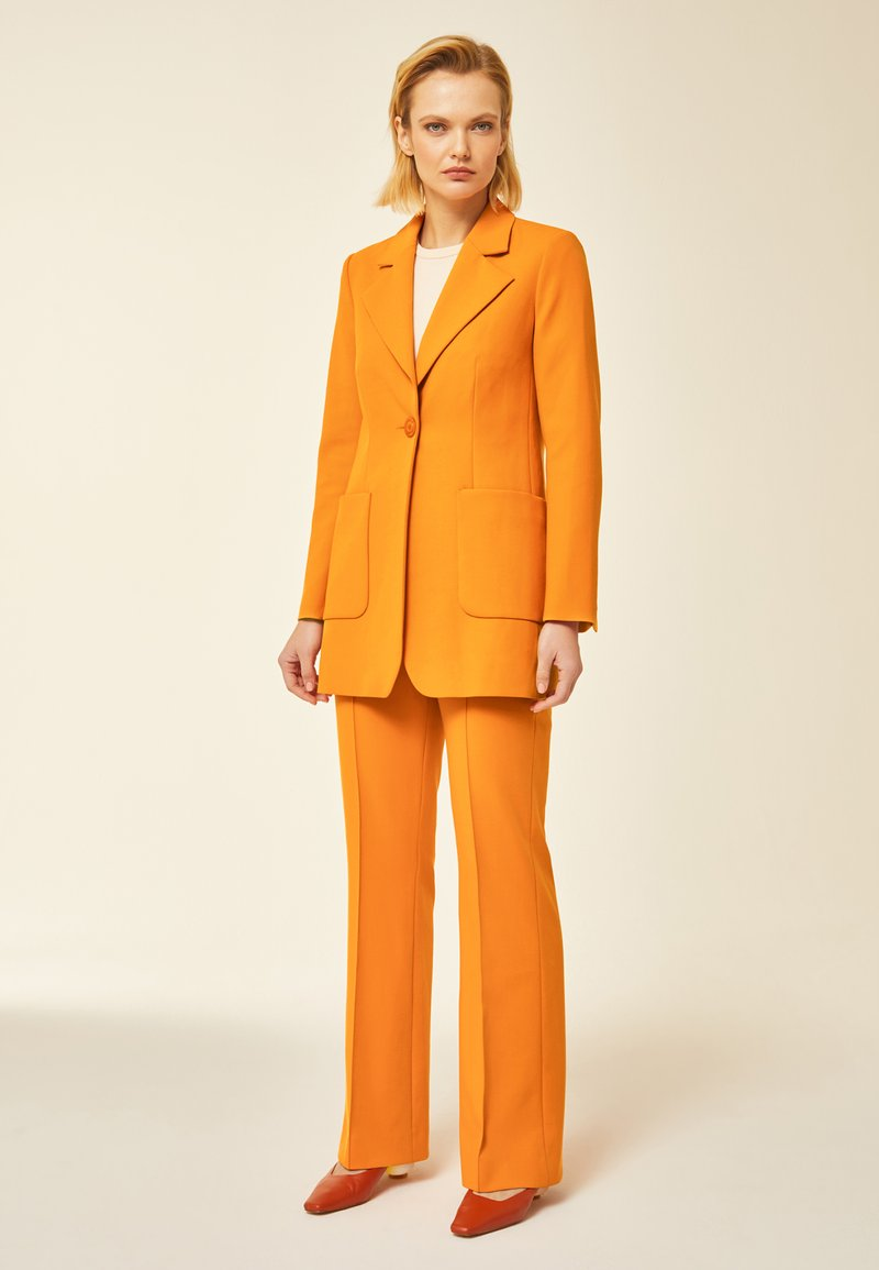 IVY & OAK - Short coat - orange