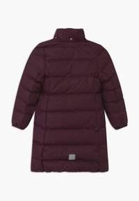 Reima - SATU UNISEX - Kabát zprachového peří - deep purple - 3