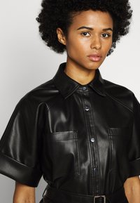 KARL LAGERFELD - CARGO - Button-down blouse - black - 3