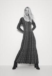 M Missoni - LONG DRESS - Jumper dress - carob - 2