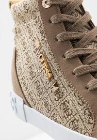 Guess - PORTLY - Sneaker high - beige/brown - 2