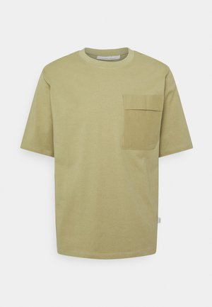 RELAXED  WITH RIBSTOP POCKET - Basic T-shirt - elm