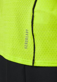 adidas Performance - ADI RUNNER TEE - T-shirt print - green - 6