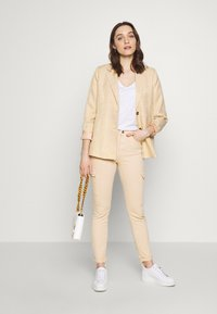 edc by Esprit - UTILITY - Trousers - sand - 1
