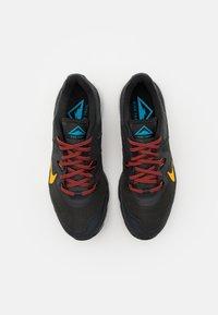 Nike Performance - JUNIPER - Trail running shoes - off noir/dark sulfur/black/pure platinum/chile red/laser blue - 3