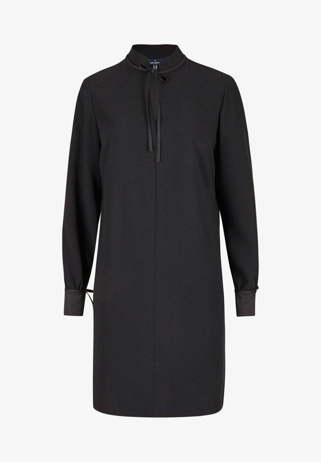 MIT VIELEN DETAILS - Day dress - schwarz