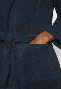 Lousy Livin Underwear - BATHROBE PYJAMA PANTS BANANAS SET - Župan - blue - 7