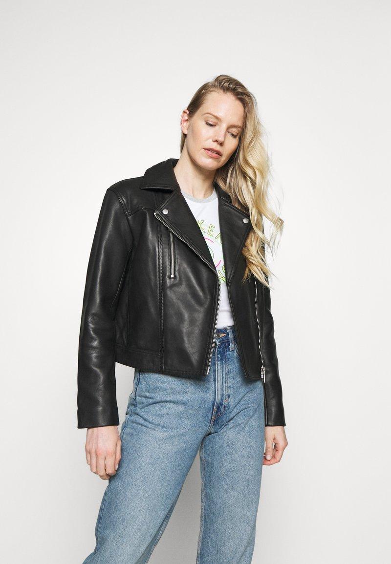 Marc O'Polo - JACKET BIKER STYLE SHORT LENGTH DROPPED SHOULDER - Leather jacket - black