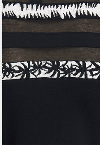 Marc Cain - Pletené šaty - dark blue - 6