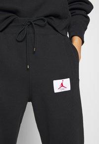 Jordan - FLIGHT PANT - Tracksuit bottoms - black - 5