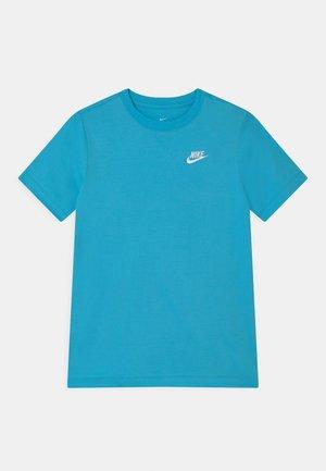 FUTURA  - Basic T-shirt - lagoon pulse