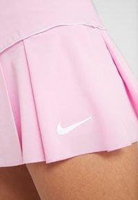 Nike Performance - VICTORY SKIRT - Sportovní sukně - pink rise/white - 5