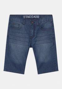 Staccato - BERMUDAS - Denim shorts - light blue denim - 0