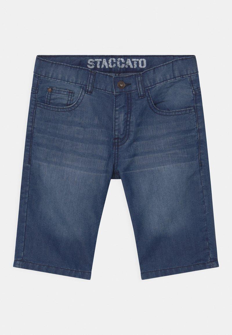 Staccato - BERMUDAS - Denim shorts - light blue denim