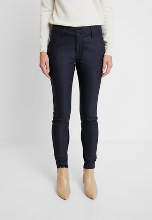 BLAKE NIGHT PANT SUSTAINABLE - Bukse - navy