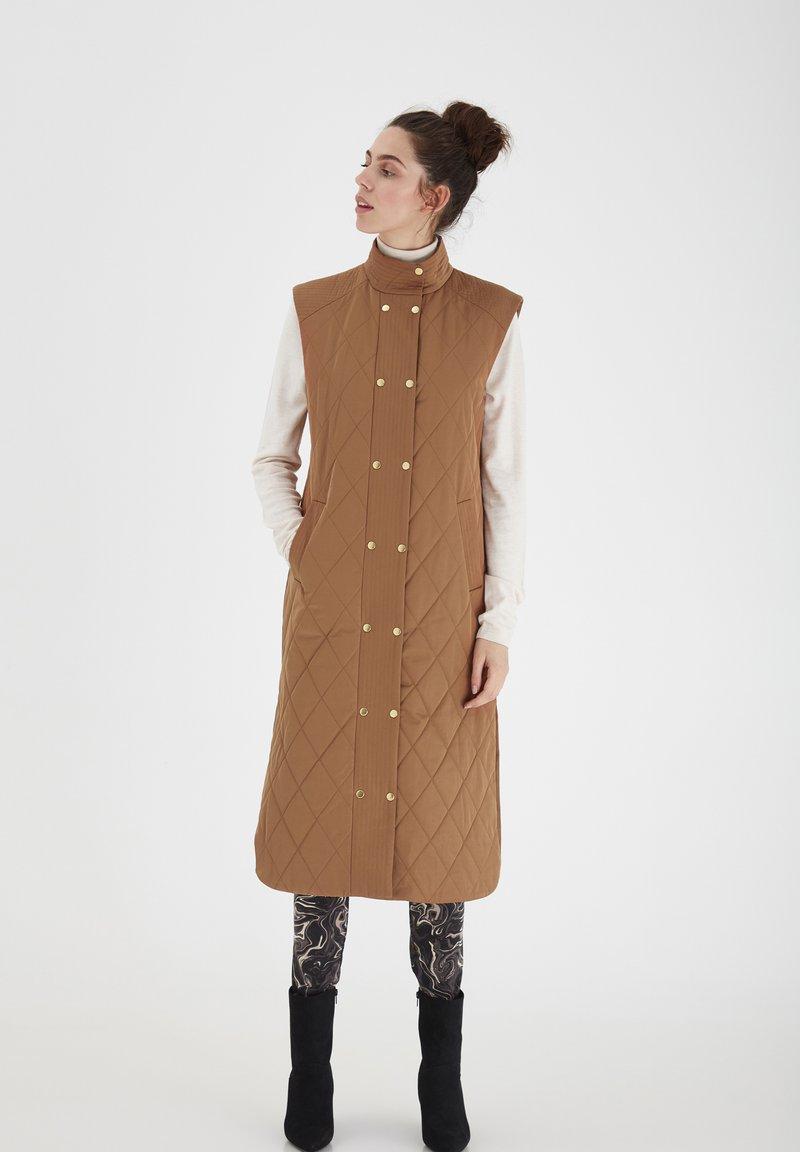 ICHI - IHANNIE - Waistcoat - thrunsh