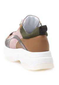 KUNOKA - UGLY - Sneakers laag - pink - 3