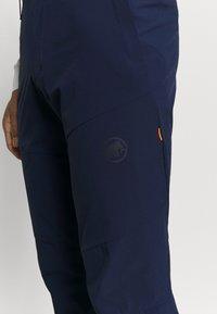 Mammut - RUNBOLD PANTS  - Spodnie materiałowe - marine - 3