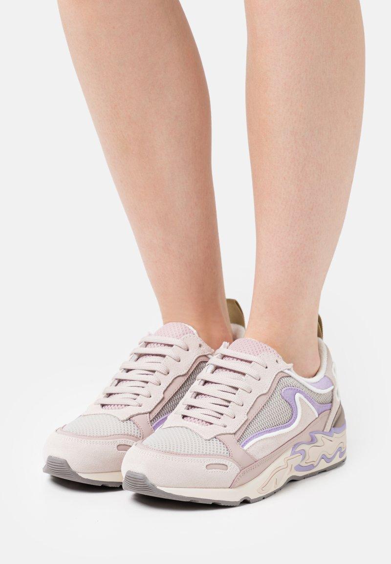 sandro - BASKET - Sneakersy niskie - multicolor/rose