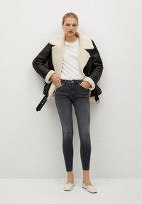 Mango - ISA - Jeans Skinny Fit - open grijs - 1