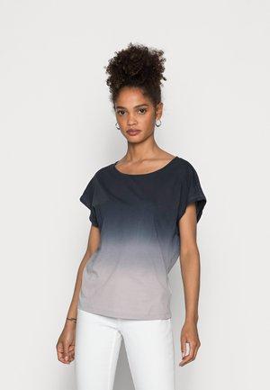 SHORT SLEEVE DIP DYE - Print T-shirt - combo jersey