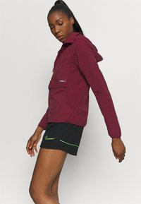 Nike Performance - Verryttelytakki - dark beetroot - 3