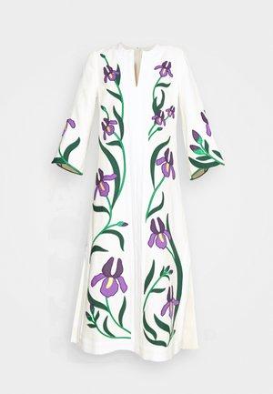IRIS EMBROIDERED CAFTAN - Denní šaty - new ivory