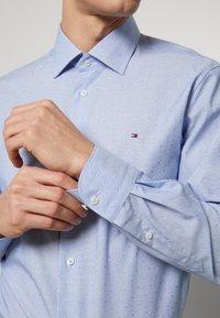 Tommy Hilfiger Tailored - DOBBY DESIGN CLASSIC - Kauluspaita - blue - 6