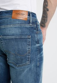 Jack & Jones - JJICLARK JJORIGINAL JOS - Jean droit - blue denim - 5