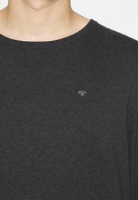 TOM TAILOR MEN PLUS - Jumper - black grey melange - 4