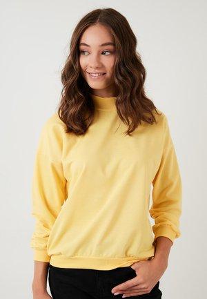 HIGH COLLAR BASIC SWEATSHIRT - Sweater - yellow